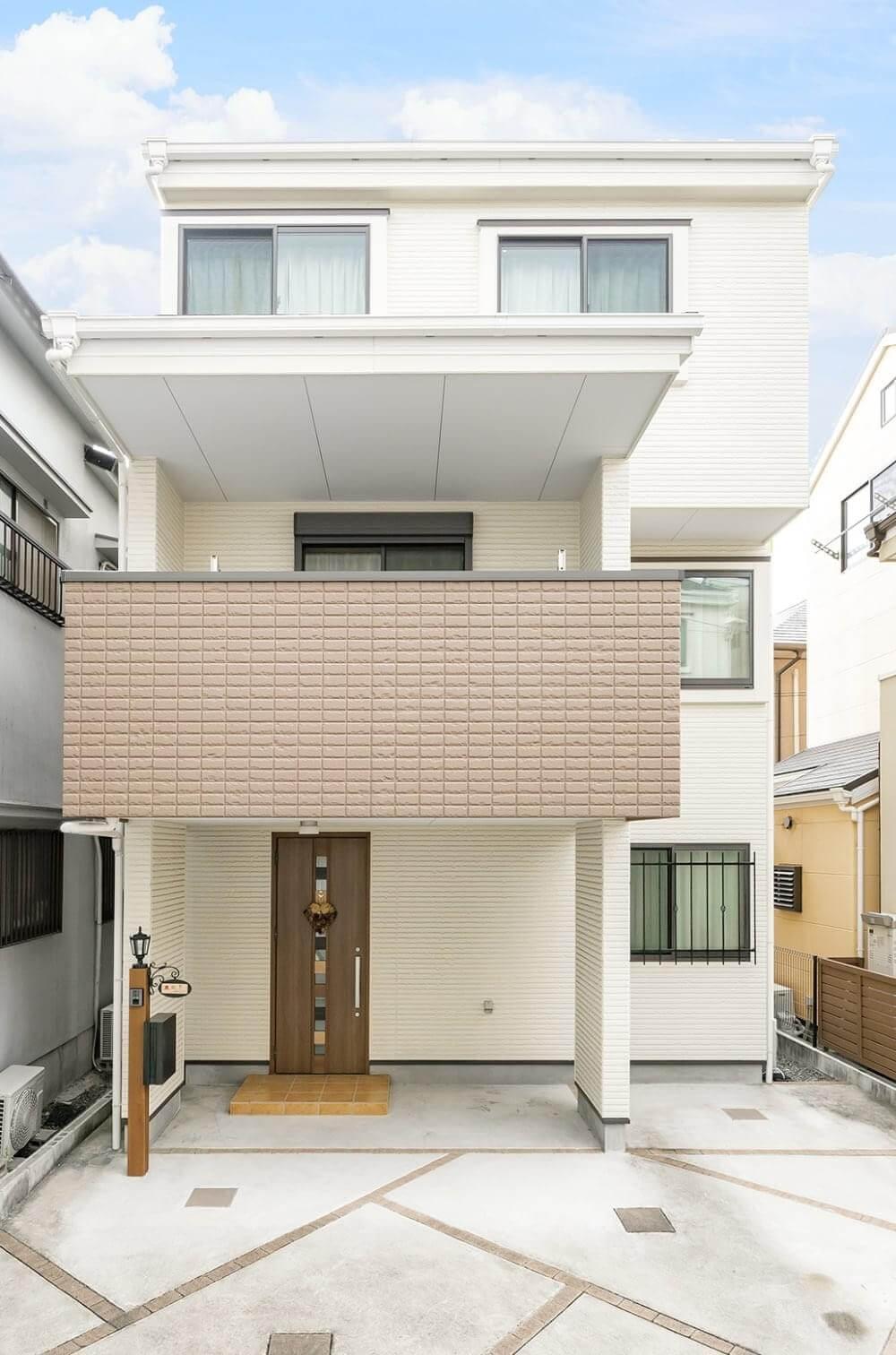 外壁はALC(軽量気泡コンクリート)パネル